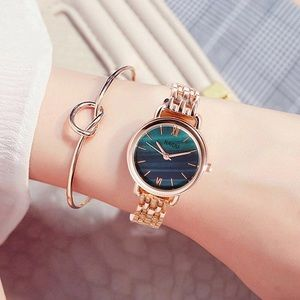 Woman's fashion watch